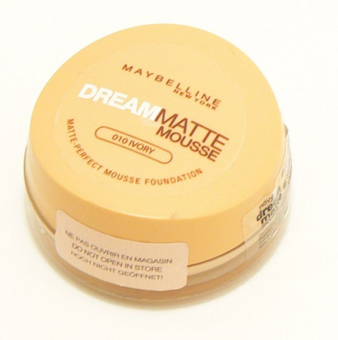 Maybelline Dream Matte Mousse Foundation #48 Sun Beige