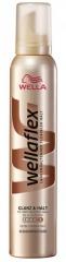 Wellaflex tužidlo na vlasy Glanz & Halt (5) 200 ml
